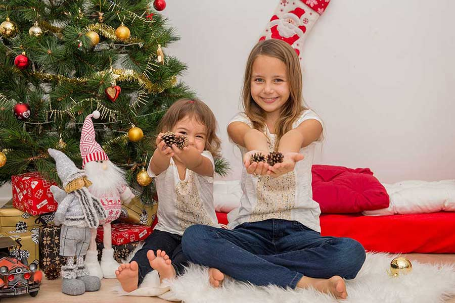Kids on Christmas and New Year photo shoot in UAE